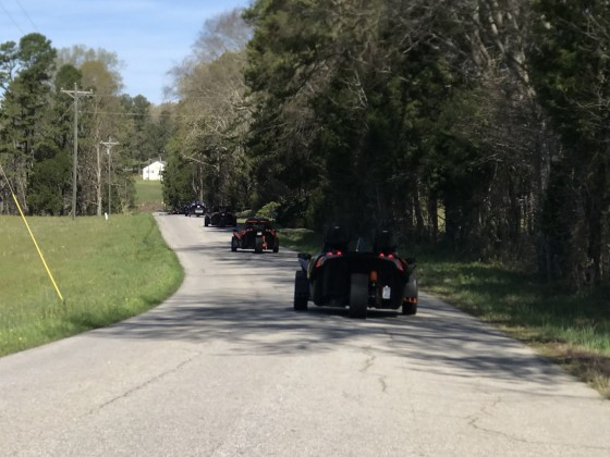 Slingshots Uncorked: Group Ride