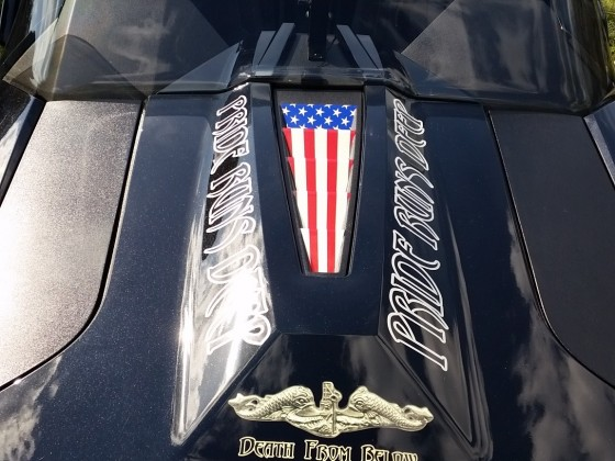 New decals for the hood by Stickerdick....Awesome